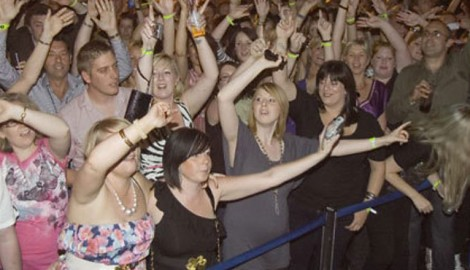 Chris Moyles Karaoke in Stoke – 2009